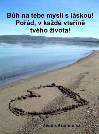Bůh na tebe myslí s láskou!